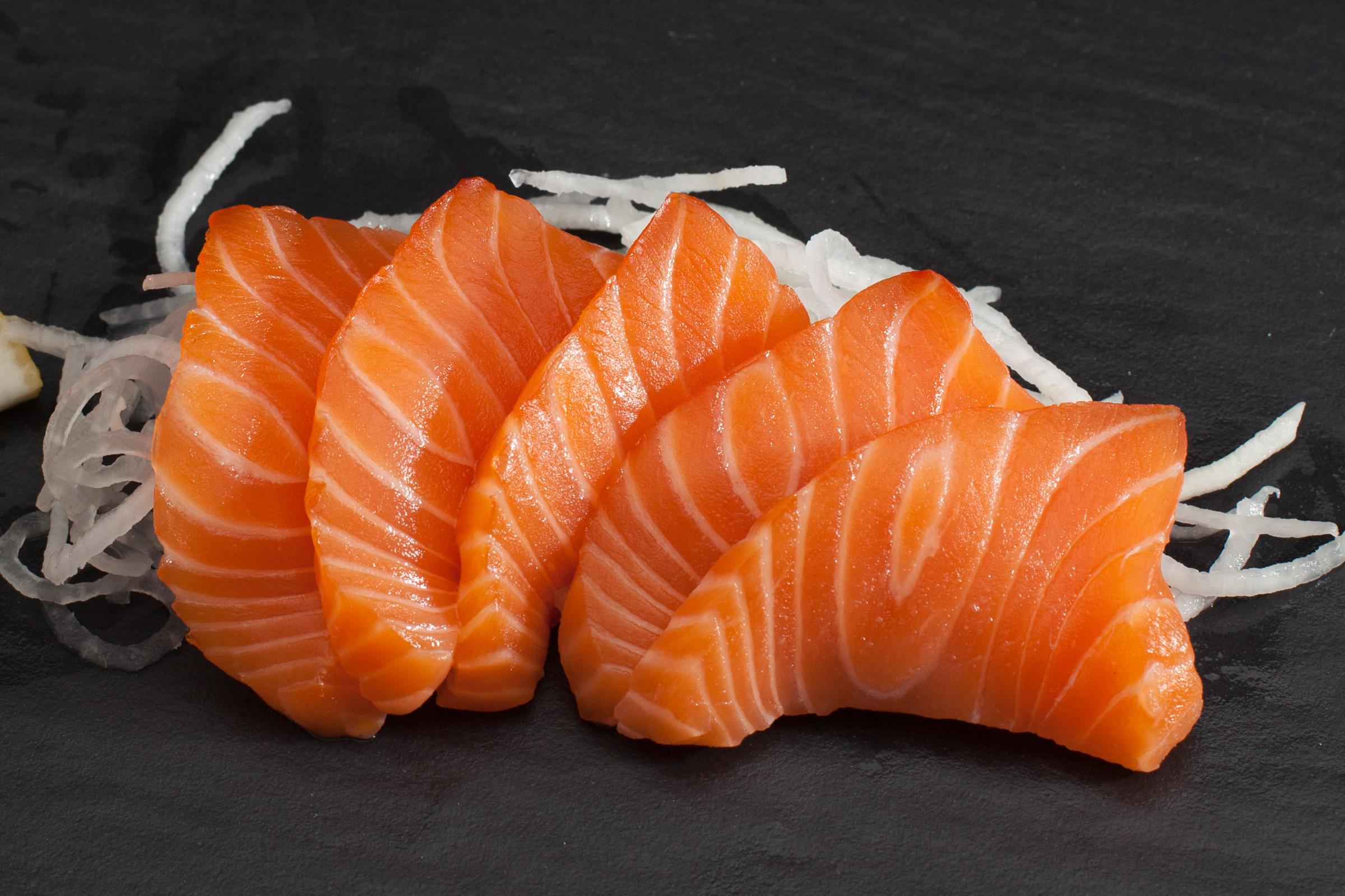 14 5 sashimi saumon