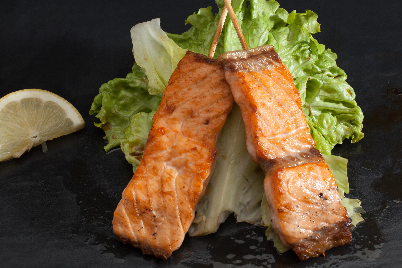 19 2 brochettes saumon