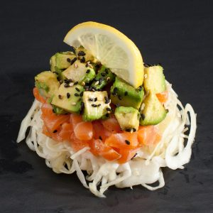 Salade tartare saumon avocat